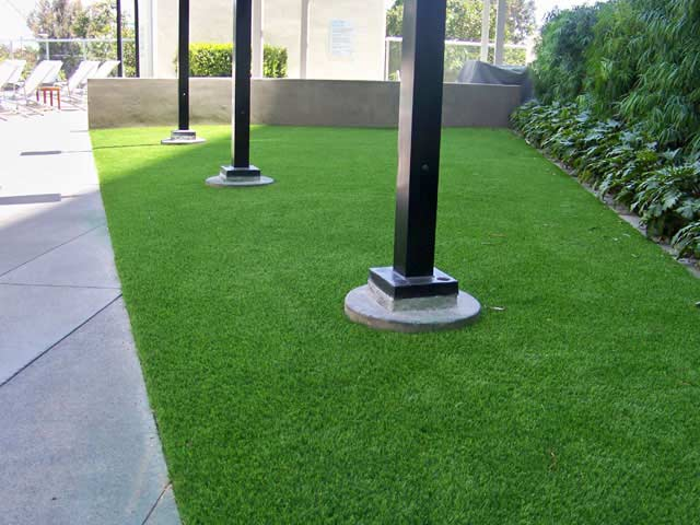 commercial artificial lawn
