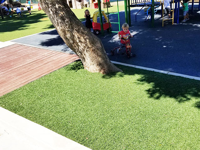 artificial play yard for kids
