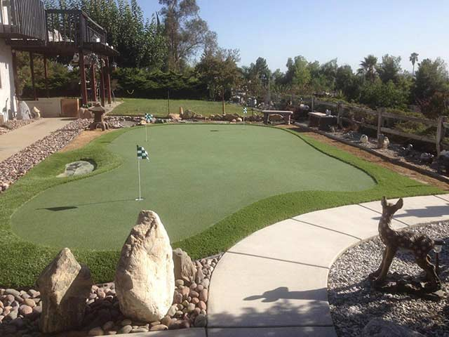 putting green ideas for home